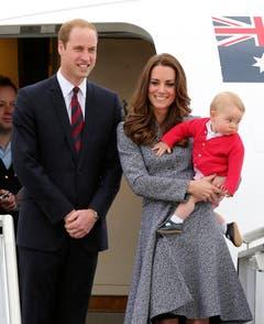 Die junge königliche Familie verabschiedet sich vor dem Heimflug nach London von Australien. (Bild: Keystone)