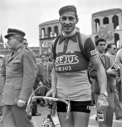 Ferdy Kübler in Mailand beim Start zum Giro d'Italia am 19. Mai 1951. (Bild: Keystone)