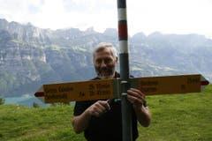 Willi Marthy ist Regionenchef der St.Galler Wanderwege. Wir haben ihn bei einer Tour begleitet. (Bild: Jolanda Riedener)