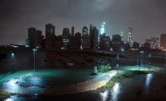 Gespenstisch: die Skyline von Manhattan während des Hurrikans Sandy. (Bild: Keystone)