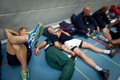Ruhe vor dem Sturm: Noch können sich die Athleten ausruhen - bald beginnen die Wettkämpfe. (Bild: Michel Canonica)