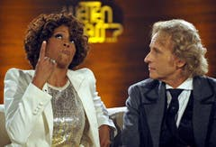 Nach der Scheidung von Ehemann Bobby Brown und einer Entziehungskur startet Whitney Houston 2009 ein Comeback. Ihr neues Album «I Look to You» stellt sie auch bei Thomas Gottschalks «Wetten dass..?» vor. (Bild: Keystone)