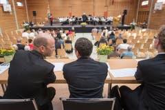 Die Jury beobachtet ganz genau. (Bild: Michel Canonica)