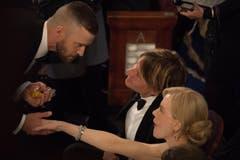 Stars unter sich, v. l.: Justin Timberlake, Keith Urban und Nicole Kidman. (Bild: Scott Diussa/Keystone)