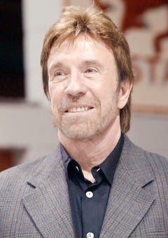 """""""Chuck Norris hat als Kind auch Sandburgen gebaut. Wir kennen sie heute als Pyramiden."""" (Bild: Keystone)"""