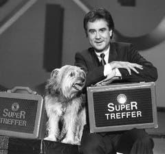 Im Dezember 1991 standen Kurt Felix und Sheriff zum letzten Mal vor der «Supertreffer»-Kamera. (Bild: Keystone)