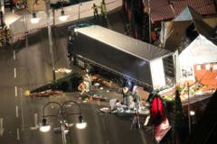 Möglicher Anschlag mit Lastwagen auf Weihnachtsmarkt (Bild: Keystone)