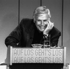 """Blacky Fuchsberger moderierte seine Show """"Auf los geht's los"""" von 1977 bis 1986. Die Aufnahme stammt von den Proben am 8. März 1985 in Basel. (Bild: Keystone)"""