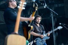 Lokalmatadoren: die Wiler Band Frantic mit Mike Sarbach (l.) und Michael Gysel. (Bild: Benjamin Manser)