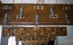 Die Garderobe des Spitals von Pripjat zerfällt langsam. (Bild: Keystone)