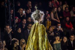 Guo Pei - Runway - Paris Women Fashion Week F/W 2017/18 (Bild: Keystone)