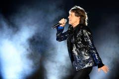 """""""No Filter"""" heisst die aktuelle Tournee der Rolling Stones. Dabei verzichten die Alt-Rocker auf Konfettiregen und Feuerwerk. Ein bisschen Nebel darf dennoch sein. (Bild: WALTER BIERI (KEYSTONE))"""
