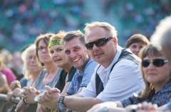 Abtwill SG - Herbert Grönemeyer gibt ein Konzert in der AFG Arena in St. Gallen. Das Publikum vor und während dem Konzert.Abtwill SG - Herbert Grönemeyer gibt ein Konzert in der AFG Arena in St. Gallen. Eindrücke aus dem Publikum. (Bild: Andrea Stalder)
