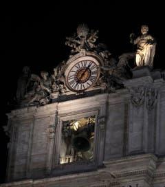 Der neue Papst ist gewählt - die Glocken im Petersdom läuten. (Bild: Keystone)