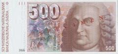 Albrecht von Haller, Arzt, Naturforscher und Dichter, prangt auf der 500er-Note. (Bild: Archiv der SNB)