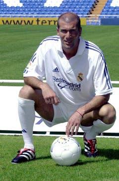 Platz 13: Zinedine Zidane. 2001 für 73,5 Millionen Euro von Juventus Turin nach Real Madrid. (Bild: J.J. Guillen / Keystone)