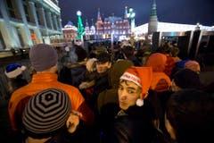 Wer auf den Roten Platz in Moskau will, wird genau kontrolliert - die Attentate in Wolgograd lassen grüssen. (Bild: Keystone)