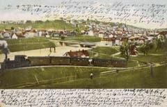 Die Ruckhaldekurve war ab den 1890er-Jahren ein beliebtes Sujet für Ansichtskarten. Diese Karte ist 1905 gelaufen. Die Arbeiten am Güterbahnhof und an der Vonwilbrücke im Hintergrund scheinen abgeschlossen. (Bild: Stadtarchiv der Ortsbürgergemeinde St.Gallen)
