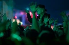 Fans während des Konzerts von Marsimoto. (Bild: Reto Martin)