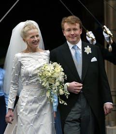 Ein Bild aus glücklichen Tagen: Hochzeit am 24. April 2004. (Bild: Keystone)