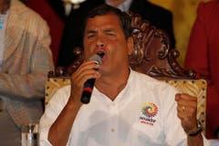 Rafael Correa hat für Ecuador eine dreitägige Staatstrauer angeordnet. (Bild: Keystone)