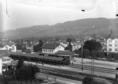 Bahnhof Weinfelden um 1915, fünf Gleise, ein Mittelperron aber noch keine Elektrifizierung der Bahn. (Bild: Archiv Martin Sax)