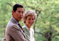 Prinzessin Diana und Prinz Charles bei einem Besuch in Ungarn. (Bild: Laszlo Varga/EPA (Bugac, 9. Mai 1990))