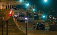 A van crashes into pedestrians in Barcelona (Bild: Keystone/EPA/Andreu Dalmau)