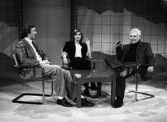 Blacky Fuchsberger im Gespräch mit Komiker Mike Krüger und Schauspielerin Susanne Uhlen. (Bild: Keystone)