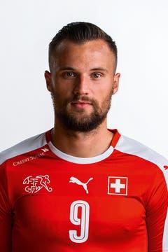 Haris Seferovic: 4. Der Benfica-Stürmer erhält in seinem Heimstadion kaum Bälle, hat nur eine Halbchance. Ist fleissig. (Bild: Keystone)
