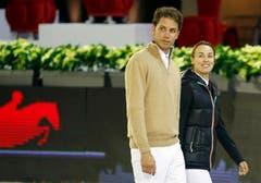 2010 heiratet Martina Hingis den sechs Jahre jüngeren französischen Springreiter Thibault Hutin. Im Januar 2013 trennt sich das Paar. (Bild: Keystone)
