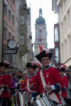 Der Tambourenverein Solothurn sorgte für musikalische Unterhaltung. (Bild: Keystone)