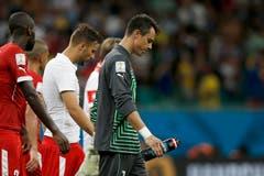 Desillusionierte Schweizer nach dem Schlusspfiff. (Bild: Keystone)