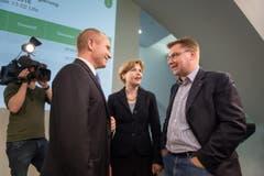 Gespräch unter SVP-Kollegen: Stefan Kölliker, Esther Friedli und Toni Brunner. (Bild: Michel Canonica)