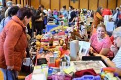Der Hallenflohmarkt in Arbon lockte über 4000 Besucherinnen und Besucher an. (Bild: Max Eichenberger)
