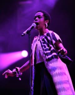 Schöne Töne von Lauryn Hill, einer der wenigen weiblichen Acts.. (Bild: Reto Martin)