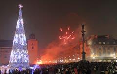 Silvesterfeier in Warschau. (Bild: Keystone)