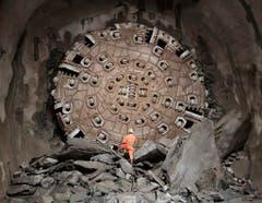 """Die Tunnelfräsmaschine """"Siss"""" nach dem letzten Durchbruch im Jahr 2010. (Bild: Keystone)"""