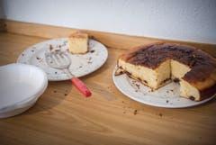 Kuchen von den Asylbewerbern gebacken (Bild: Andrea Stalder)