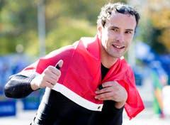 """""""Silver Bullet"""", wie Marcel Hug genant wird, zählt zu den Stars in der paralympischen Leichtathletik-Szene. Am TCS New York City Marathon anfangs November fuhr Hug auf den ersten Platz. (Bild: JUSTIN LANE (EPA))"""