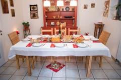 Zu Weihnachten ist es besonders wichtig, dass der Tisch reichlich gedeckt ist. (Bild: Ralph Ribi)
