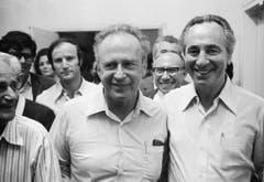 Yitzhak Rabin, links, und der spätere Staatspräsident Schimon Peres im Jahr 1974. (Bild: Keystone)