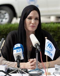 Jolie während eines Besuches als Sonderbotschafterin in Islamabad, Pakistan. (Bild: Keystone)