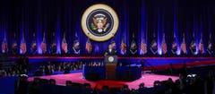 Obama, der Politiker, geht in den Ruhestand. Ein nicht unumstrittener, aber ein grosser Demokrat verlässt die politische Bühne. Aus den Lautsprechern tönt Tina Turner: «You're Simply The Best!» (Bild: Kamil Krzaczynski / Keystone)