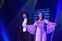 """Katrin Mayer und Istvan Csiszar in """"Das Phantom der Oper"""". (Bild: Manuel Nagel)"""