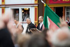 Der neu gewählte Landammann Daniel Fässler (Mitte) am Mikrofon. (Bild: Keystone)