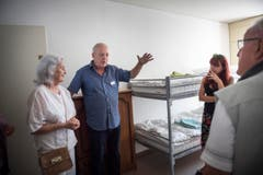 Zimmer für vier Personen (Bild: Andrea Stalder)
