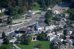 Mudslide after another eruption in Bondo, South Switzerland (Bild: GIAN EHRENZELLER (EPA KEYSTONE))