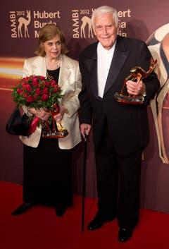 Joachim Fuchsberger und seine Frau Gundel nach der Bambi-Verleihung im November 2012. (Bild: Keystone)