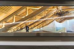 Das Säntispark-Dach ist charakteristisch für den Bau - daran hat sich auch durch die Sanierung der Bäderlandschaft nichts geändert. (Bild: Hanspeter Schiess)